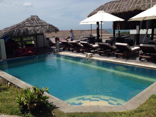 Mui Ne Hills Villa Hotel : Pool at Mui Ne Hills 2