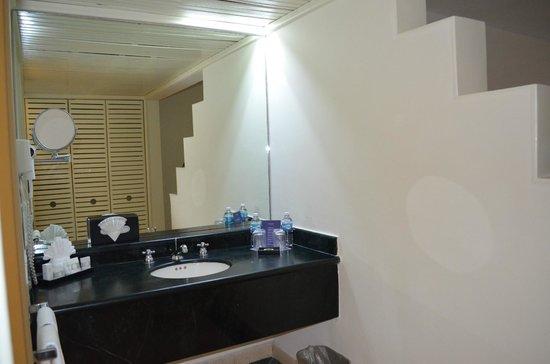 Grand Oasis Sens: our room