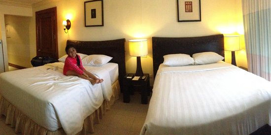 Crown Regency Suites Mactan: Crown Regency Suite