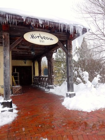 Mirbeau Inn & Spa Skaneateles: Winter at Mirbeau