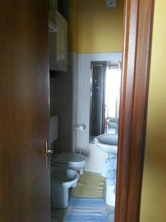 Il Viaggiatore B&B: Bathroom