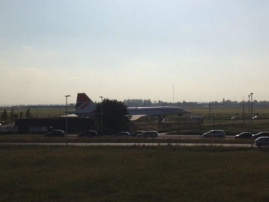 Kyriad Orly Aeroport - Athis Mons : Concorde airplane