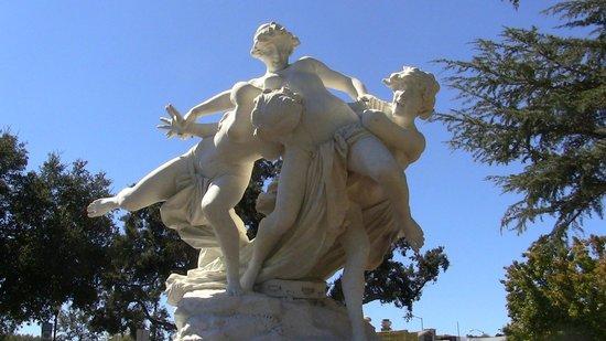 Te Wrestling Bacchantes Statue finally returned to the Sunken Gardens after refurbishment.