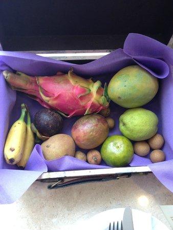 Sofitel Phnom Penh Phokeethra : Fruit basket