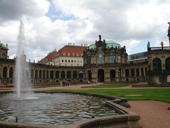 Zwinger: Inside The Palace