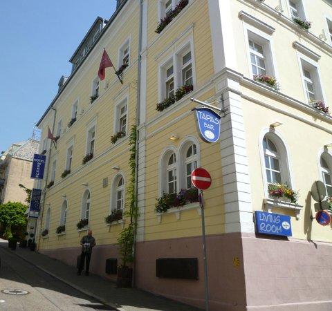 Hotel Merkur : Hotel