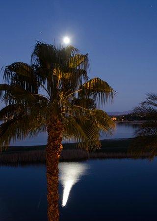 The Westin Lake Las Vegas Resort & Spa : Moon and Venus over Lake Las Vegas - taken from my room