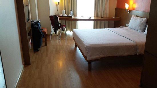 Ibis Semarang Simpang Lima: Bedroom