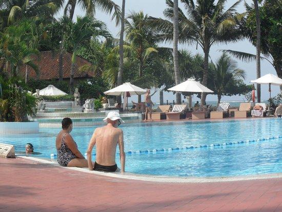 Prama Sanur Beach Bali: Zwembad