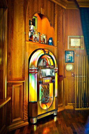 Villa Sterne: Jukebox in Billiardroom