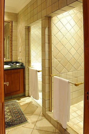 Villa Sterne: Executive Suite Bathroom
