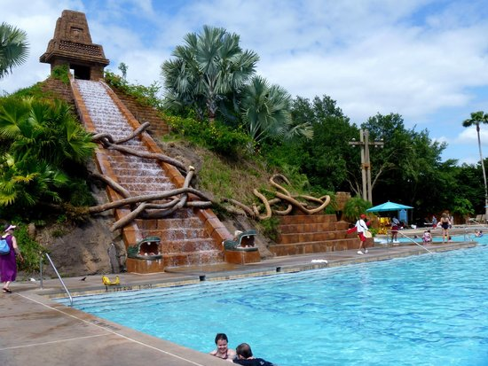 Disney's Coronado Springs Resort : Coronado Springs - Pool