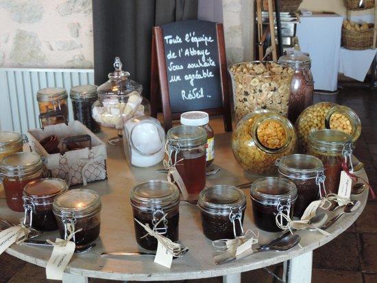 Garrigae Abbaye de Sainte Croix : petit déjeuner