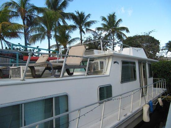 Key Largo House Boatel : The deck