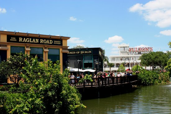 Disney Springs: Raglan Road Restaurant