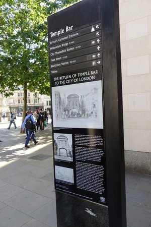 Paternoster Square - where to? map