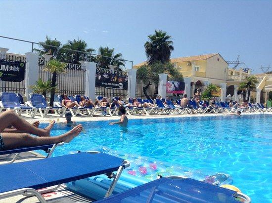 Trabukos Studios and Apartments: Trabukos Swimming pool