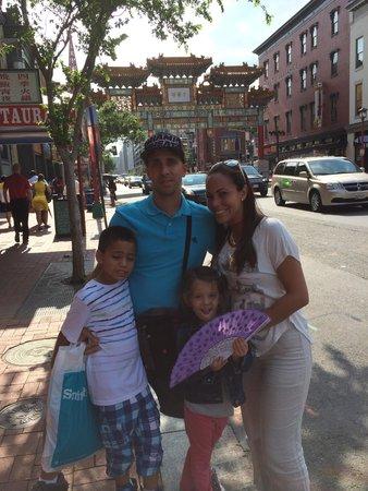 Chinatown Archway: Poco que ver!