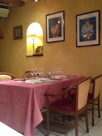 restaurant le lion d'or Lagnieu: Salle