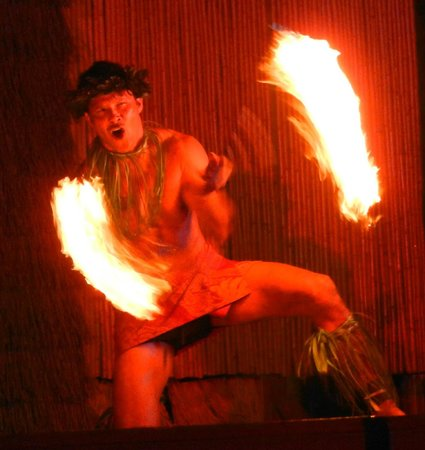 Island Breeze Luau: Awesome Fire Twirling