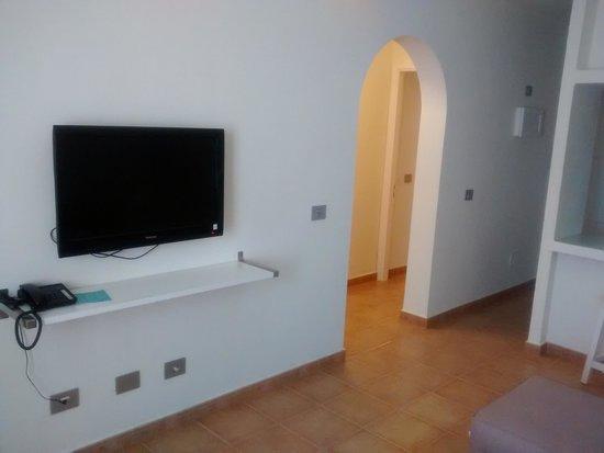 Apartamentos THe Las Gaviotas : TV