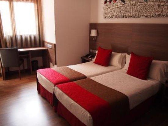 Hotel Auto Hogar: 客室