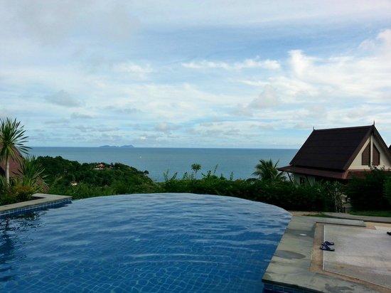 Baan KanTiang See: Infinity pool