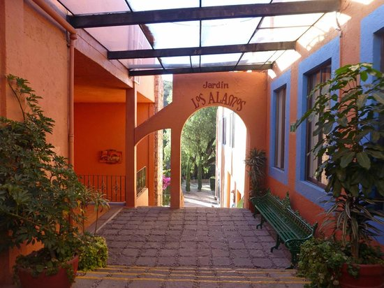 Mision Guanajuato : Durchgang zum Garten