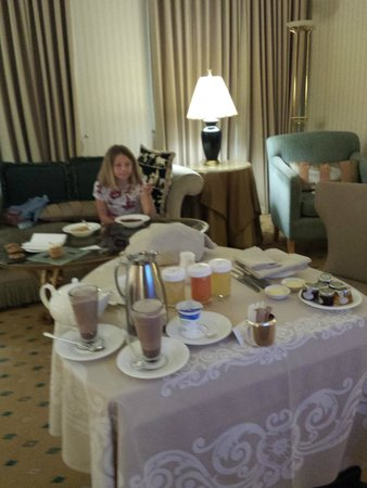 The Landmark London: breakfast