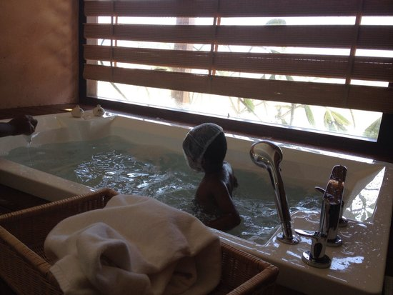 Anantaya Resort & Spa Chilaw : Bathroom