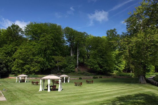 Northrepps Cottage Country Hotel: the grounds