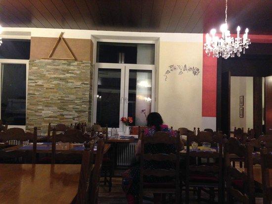 Hotel Central: indian restaurant
