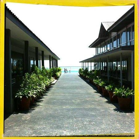 Century Langkasuka Resort: Enter the property
