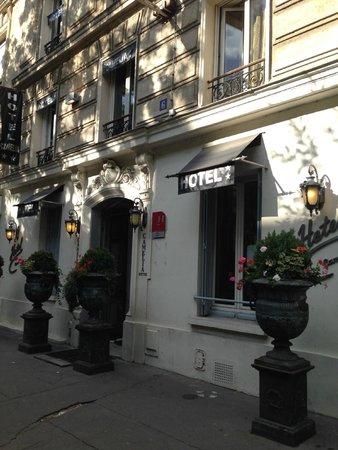 Hotel Camelia Nation: Außen/ Eingang