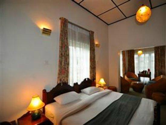 Glendower Hotel: Junior Suite Interior