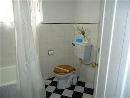 Glendower Hotel: Bathroom