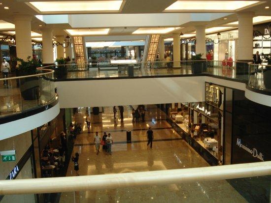 The Dubai Mall : dubai mall