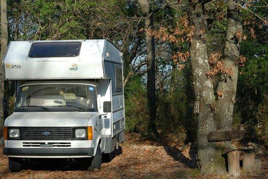 Campsite Le Fontanelle: Una piazzola per camper