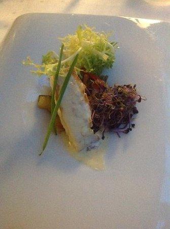Silken Al-Andalus Palace Hotel : Rte. Palace. Tapa de merluza con verduras