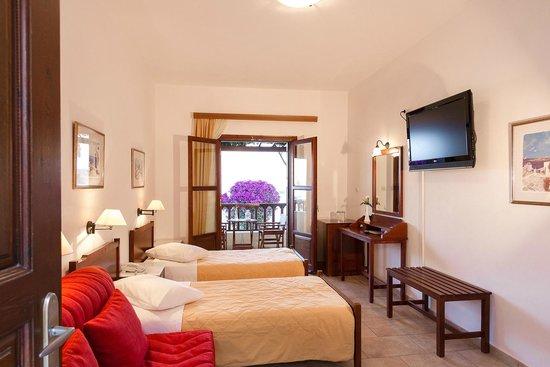 Hotel Mathios Village: suite