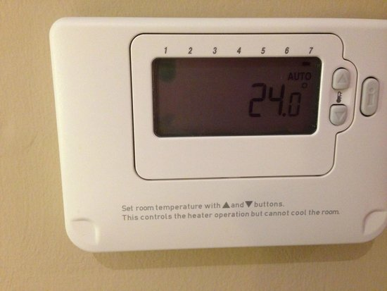 Premier Inn Southampton North Hotel: Use this to heat the room.  If you want to cool it - tough!