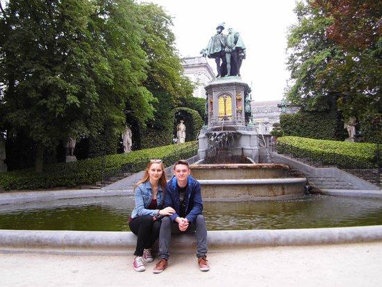 Jardin du Petit Sablon : fontain