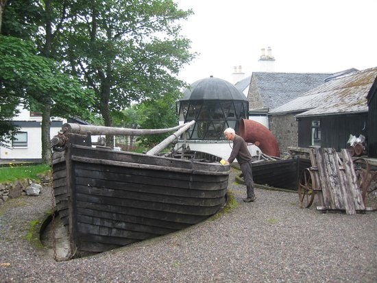 Gairloch Heritage Museum: OUTSIDE EXHIBITS