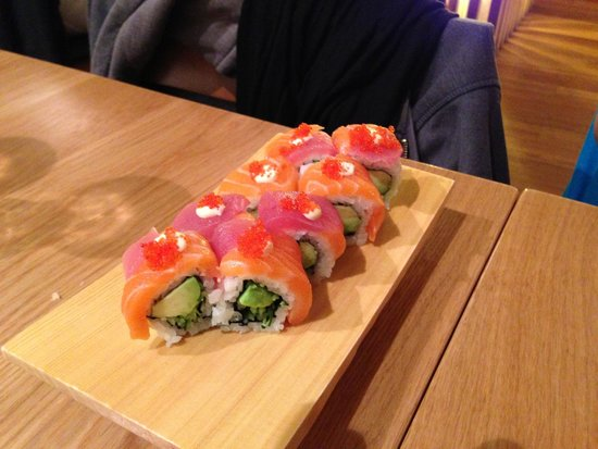 Kanpai Sushi: rainbow roll, wasnt a fan of this