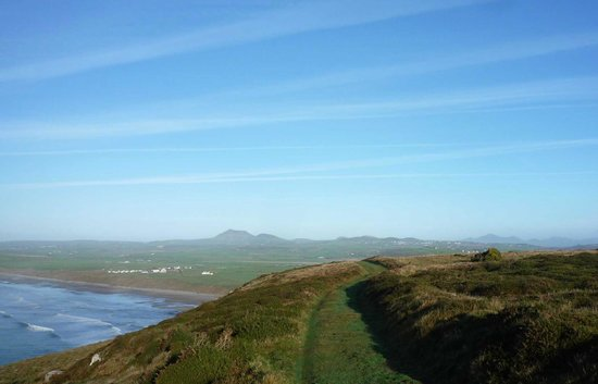 Llyn Coastal Path: From Cilan Common across to Hells Mouth