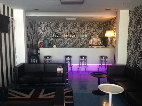 Hotel Perla: Bar