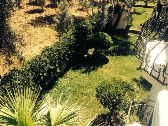 Gorkem Hotel: Balcony View 120 Hotel Gardens