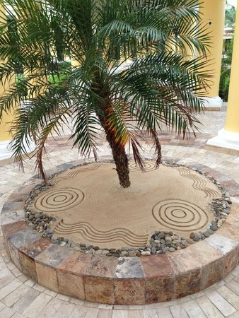 Iberostar Grand Hotel Paraiso: Nice touches from everywhere