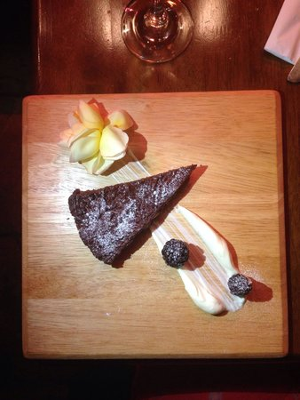Ayoush: chocolate fudge cake, valentine menu