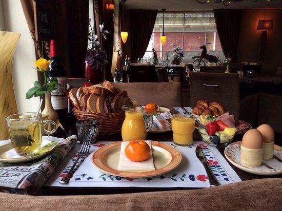 Hotel Brasserie De Stobbe: Ontbijten is hier genieten..
